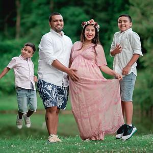 Vazquez Maternity Photos