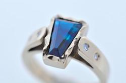 White Gold with Sapphire & Diamond