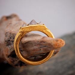 22K Gold & Raw Diamond Ring