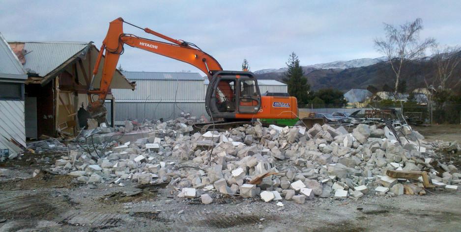 Caltex Demolition.jpg