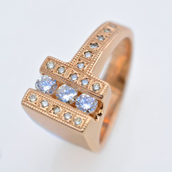 10K Yellow Gold & Diamond Ring