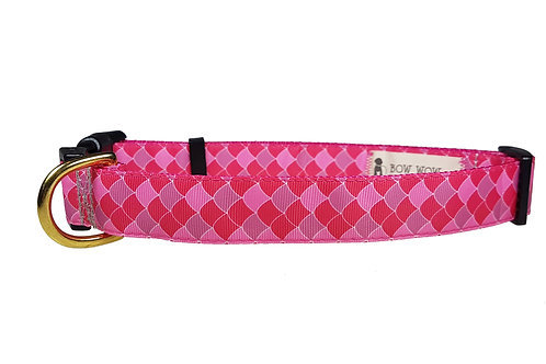 25mm Wide Pink Scales Dog Collar