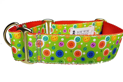 38mm Wide Buttons on Green Martingale Dog Collar