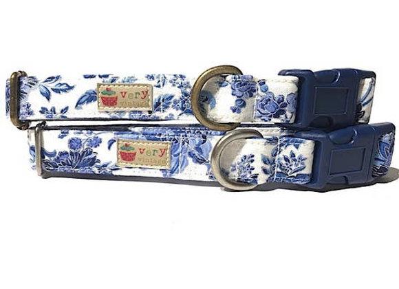 "Very Vintage Organic Cotton Dog Collar - ""Royals"" Design"