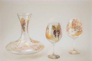 デキャンタとワイングラス