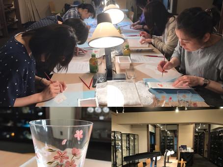 廣田硝子、初のグラスアートのワークショップ