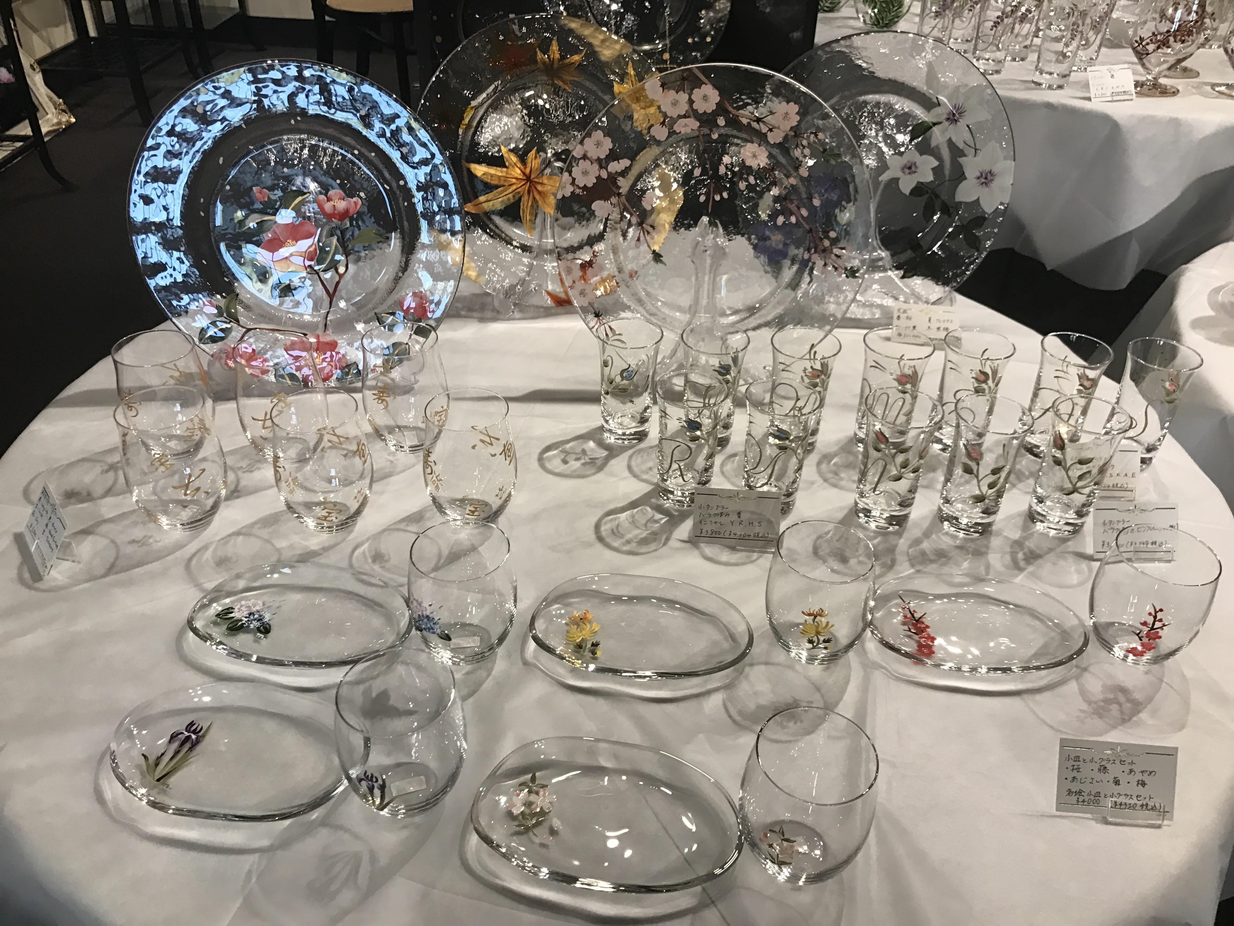 ガラスのお皿、グラス
