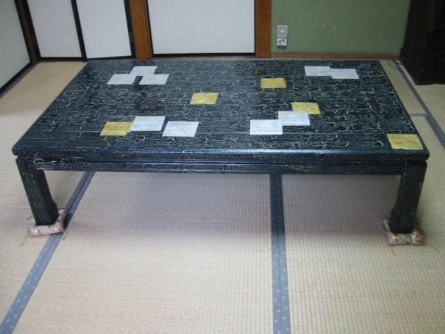 金・銀箔張り食卓,伊藤真澄デザイン