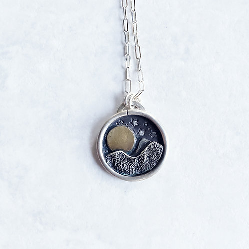 starry night mountain medallion: full