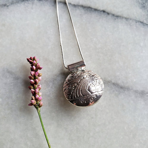 """""""waves"""" hollow sterling pod"""