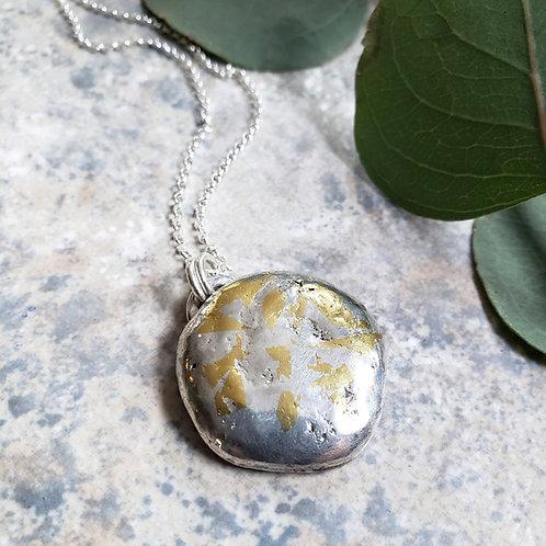 cosmic: silverstone w. 24k gold
