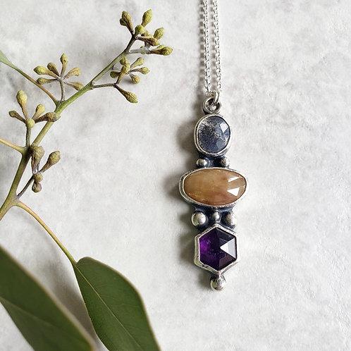 gem totem: dendritic opal, golden sapphire, amethyst