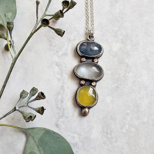 gem totem: sapphire, grey moonstone, yellow chalcedony
