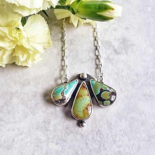 turquoise tri-petal