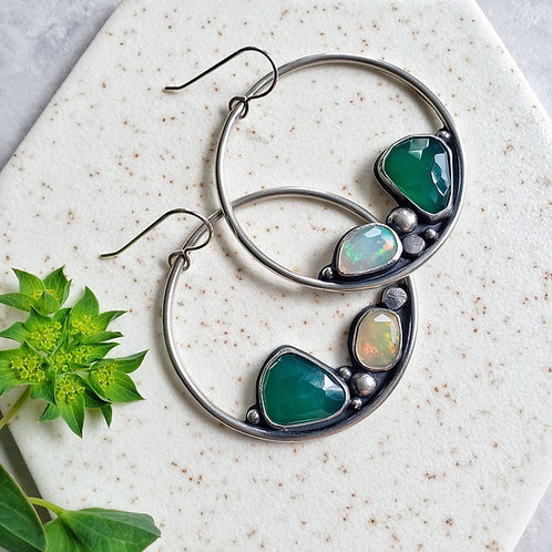 magpie hoops (luxe): green onyx & rainbow opal