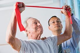 Parkinson se beneficia com a Fisioterapia.