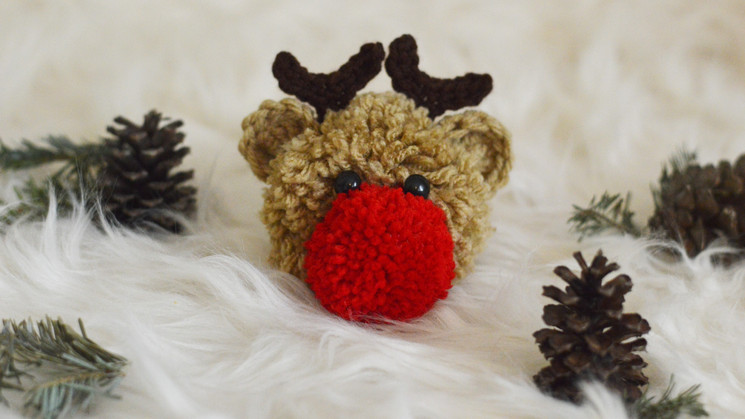 Reindeer Pom Pom Free Pattern