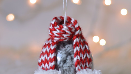 Cozy Scarf Ornament