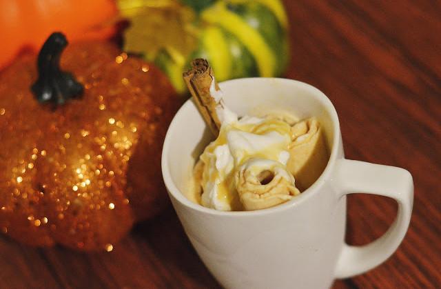Pumpkin Spiced Rolled Ice Cream