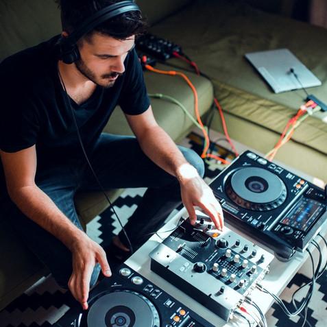 DJs: Το 70% απέκτησε νέα skills, λόγω της πανδημίας!