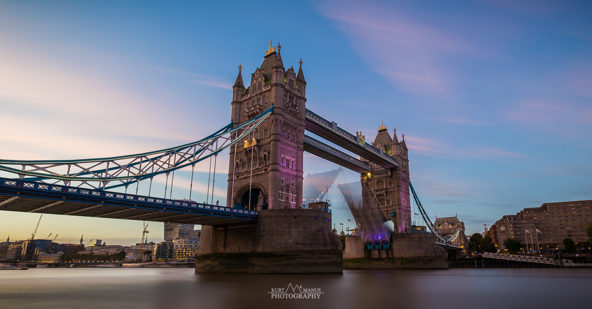 Tower Bridge - London (1)