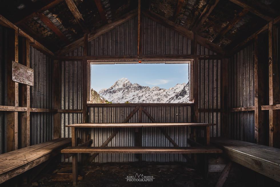 Hooker Track Hut - Mt Cook