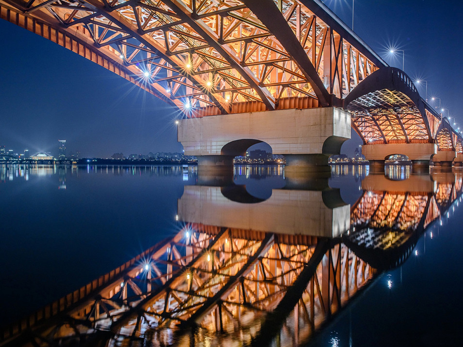 Bridges_South_Korea_455302_1680x1050.jpg