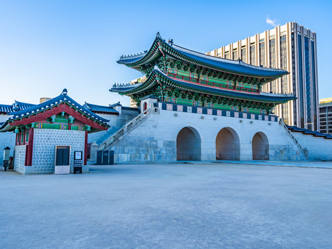 gyeongbokgung-palace-B9MLAGQ.jpg