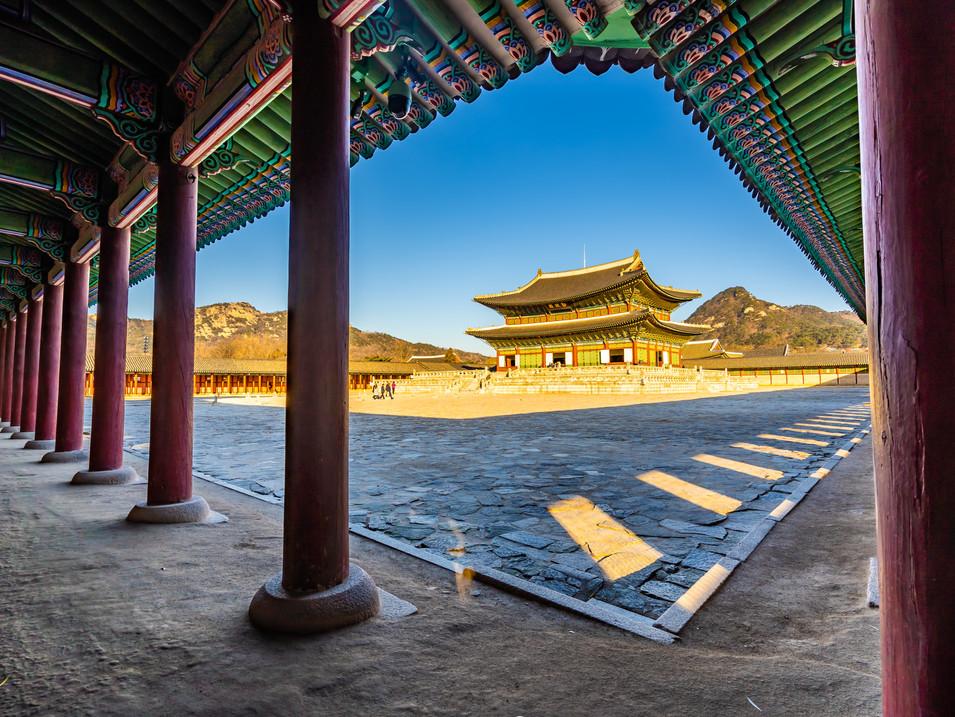 gyeongbokgung-palace-QRAZJCP.jpg