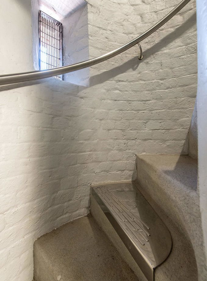 project-231-809-staircase-and-m-step.jpg