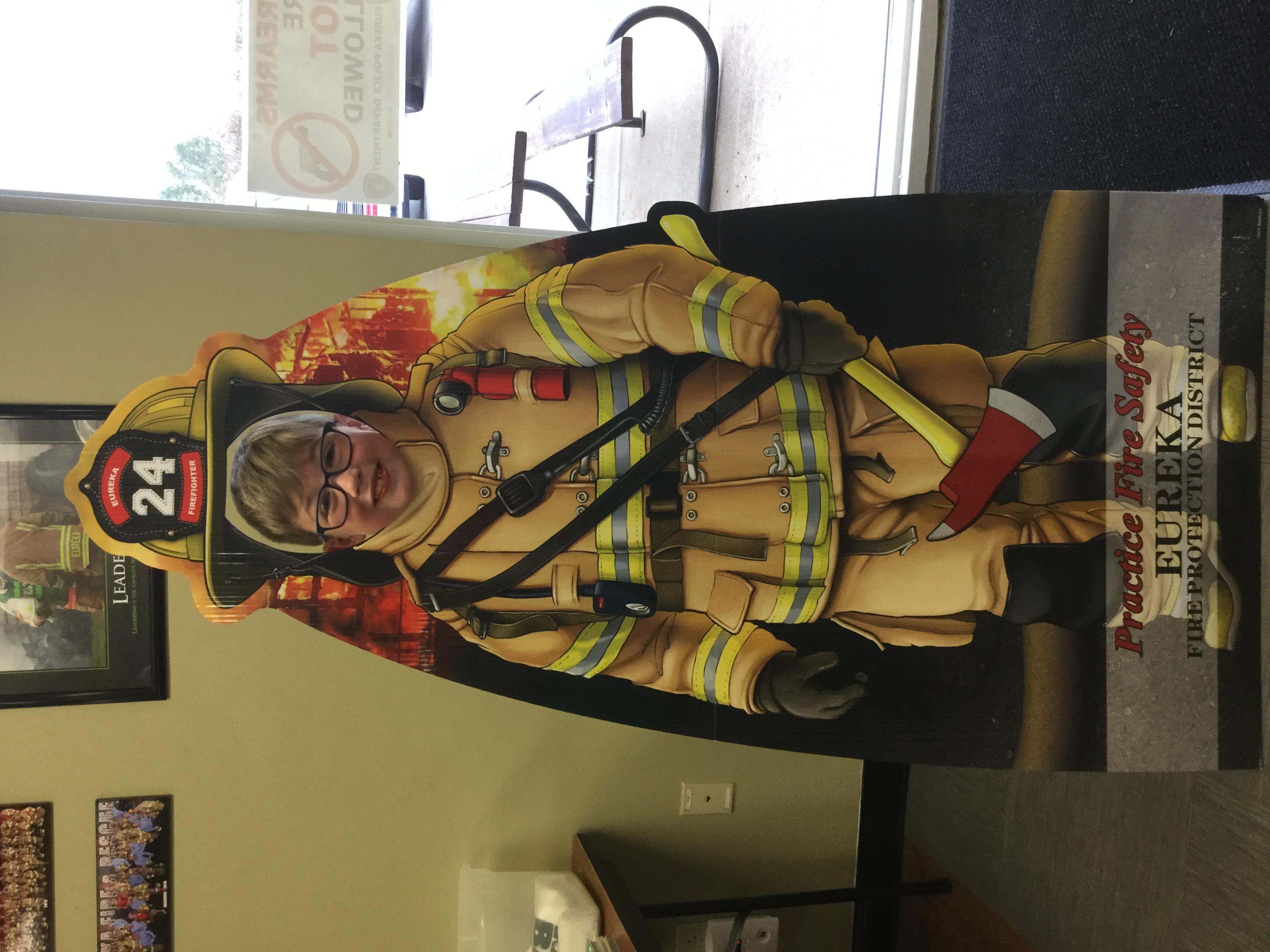 Dress Up Like A Fireman!