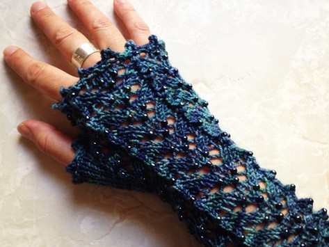 Fifi Mittens with beads