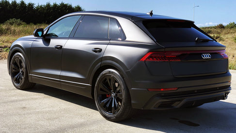 Audi Q8 Mat Black