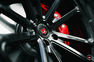 Carbon-Black-Metallic-G30-BMW-5-Series-w