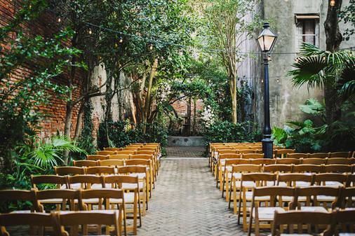 maison montegut is the wedding venue, poppy and mint is the wedding florist, ariel renae photography is the wedding photographer, new orleans louisiana is the location, this is a destination wedding, the new orleans wedding planner is emily sullivan events.