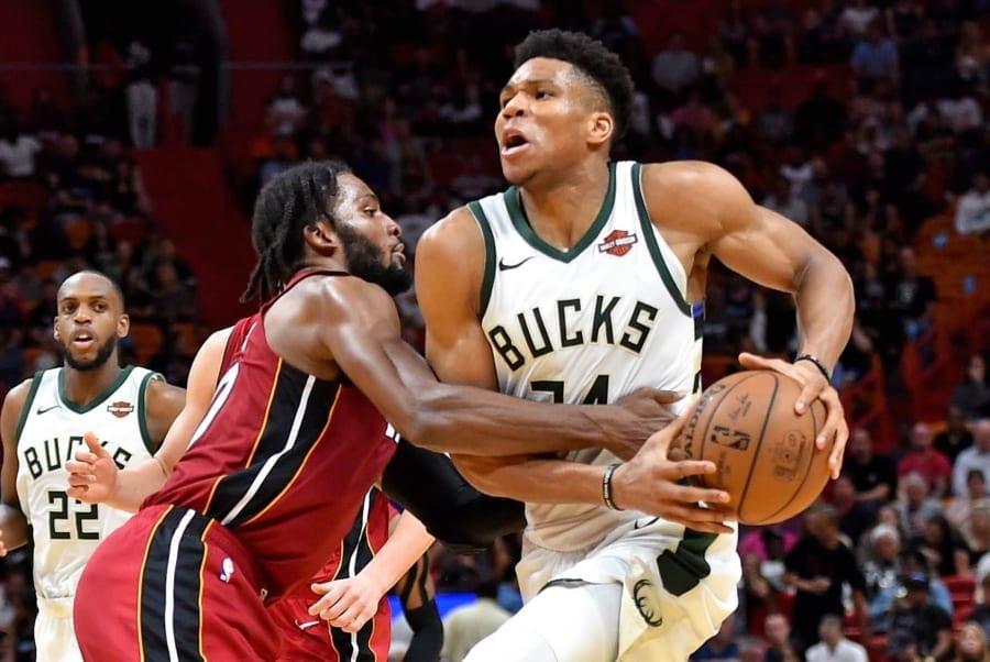 Giannis_Antetokounmpo_Milwaukee_Bucks_NBA_Around_the_Game
