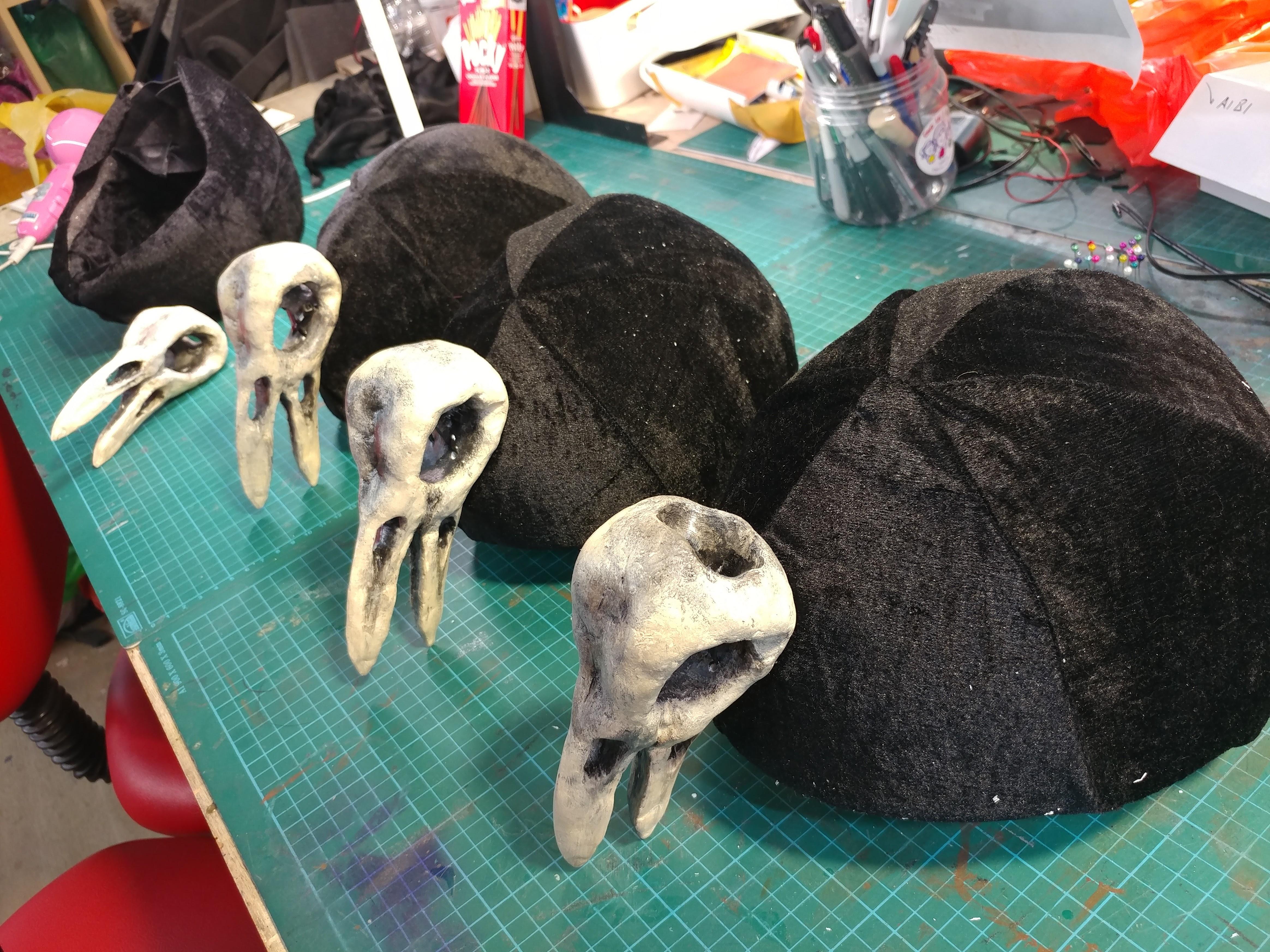 Attaching the Skulls