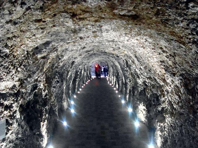 Туннель к озеру Провал