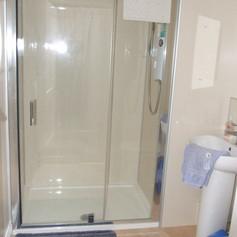Virtual en-suite Shower Room
