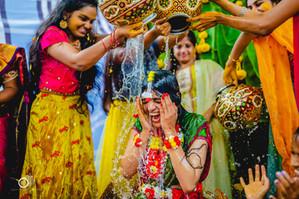 mumtaz-bridal-shower-candid-moments (1).
