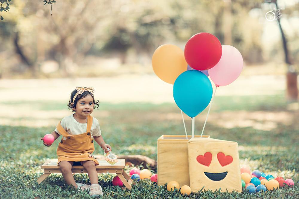 baby-girl photoshoot-in-garden