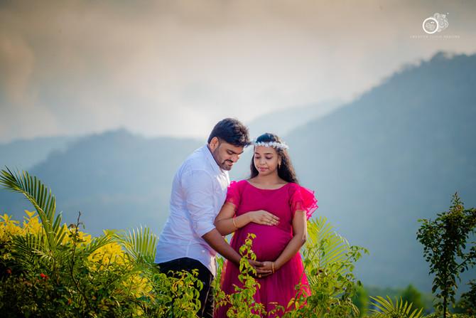 Avinash Navya Maternity Photoshoot in Vijayawada | Pregnancy & Baby Shoot Ideas