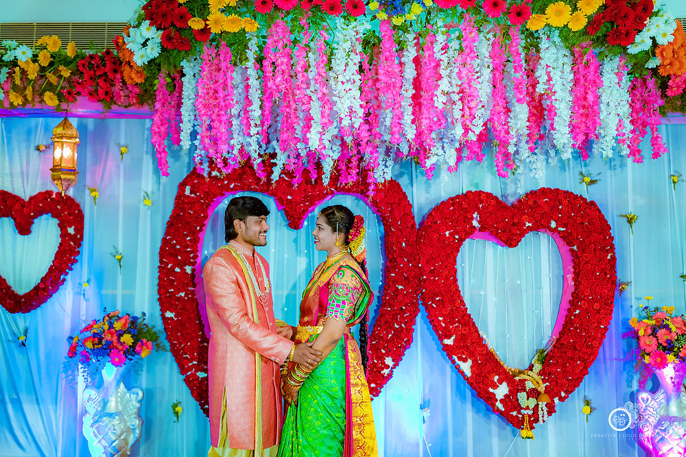 best-engagement-couple-story-vaishnavivinay-eluru