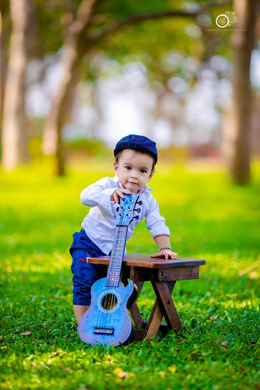 baby-boy-portrait-photography-guitar-themes