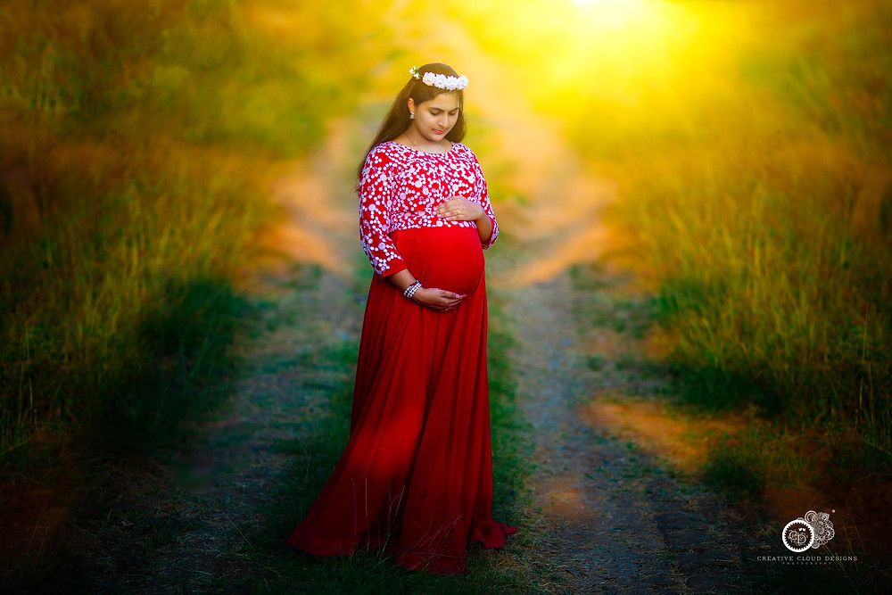 sindhu-vijay-maternity-photoshoot-ideas (2)