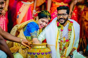 sanjeev-mumtaz-candid-wedding-pictures.j