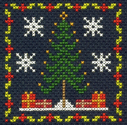 DMC Christmas Mini Cross Stitch Kit Christmas Tree