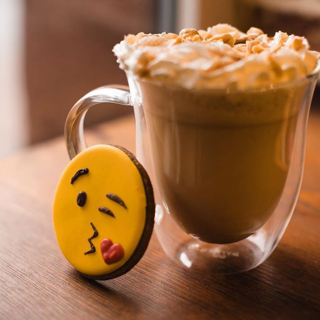 emoji cookie