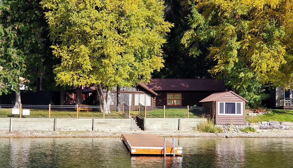 fall lake close 2.jpg