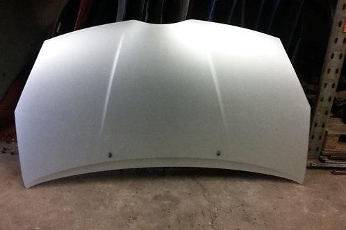 Corolla Verso bonnet color code 1c0  03-07 pre-facelift